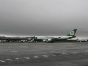 sea-br-747-at-south-sat-001