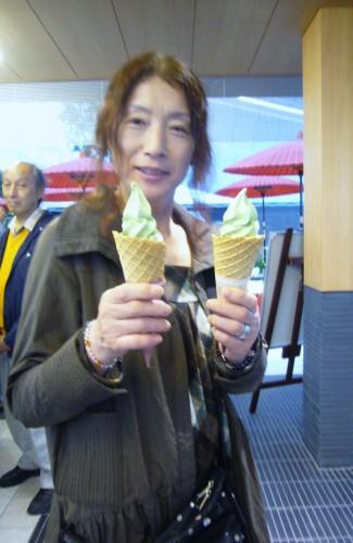Happy customer at Haneda Airport International Terminal