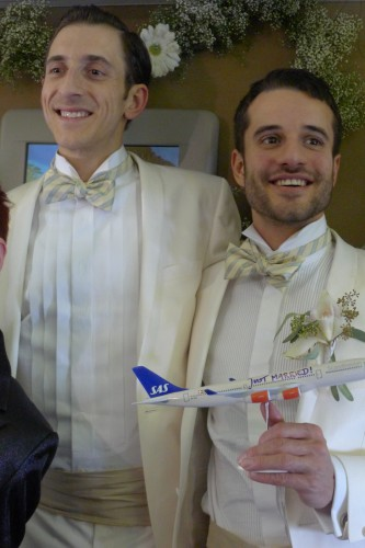 German gay couple weds on airplane