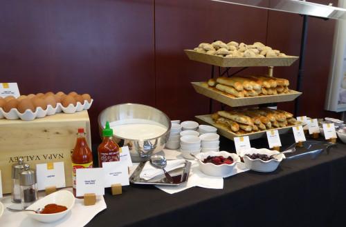 United_Club Menu _ eggs with condiments
